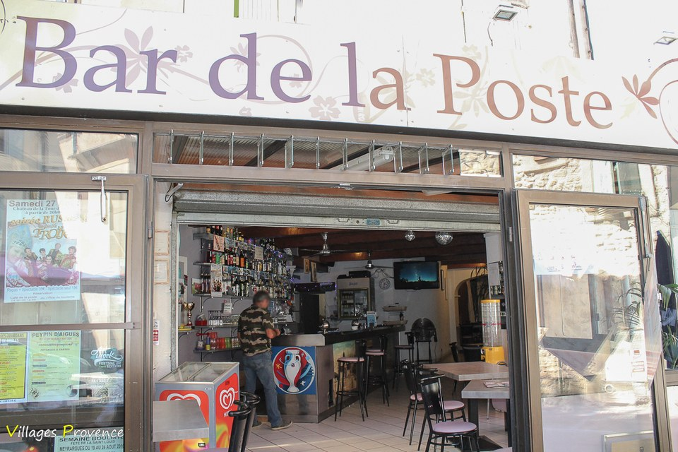 Bar de la poste tour d aigues