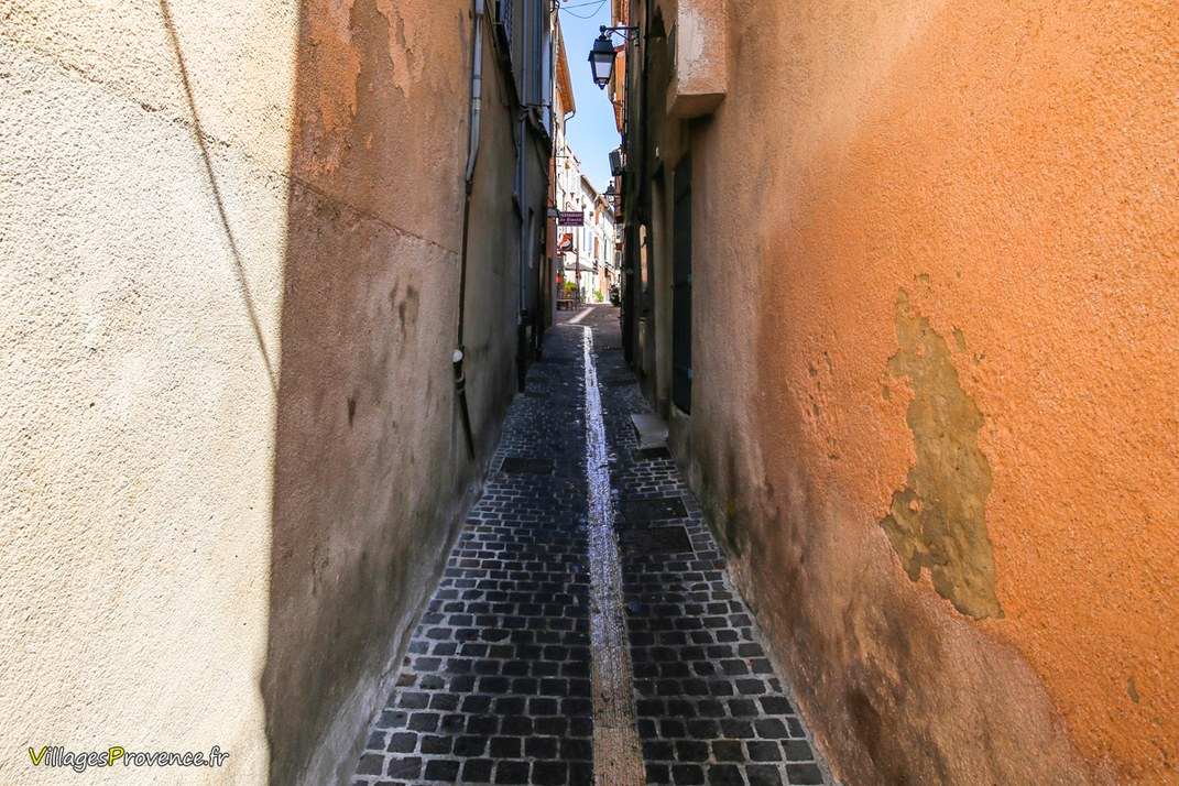 Ruelle - Cassis