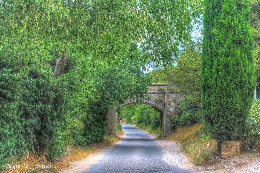 Pont - Saint-Étienne-du-Grès