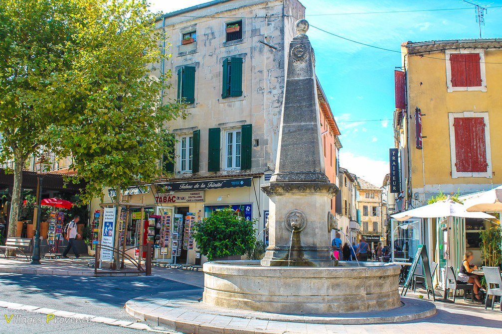 Fontaine - La Trinité - Saint-Rémy-de-Provence