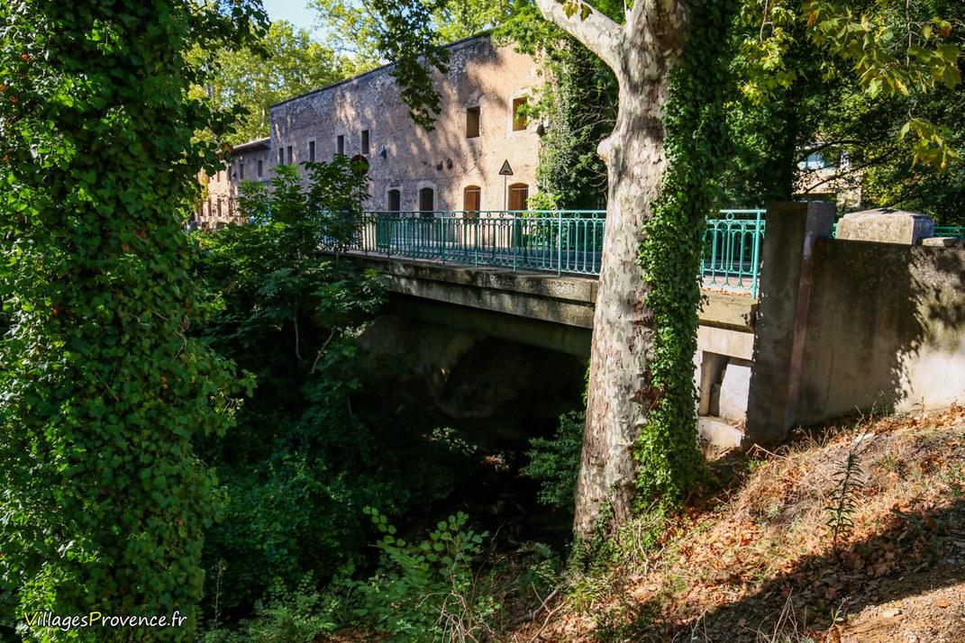 Pont - Le Tholonet
