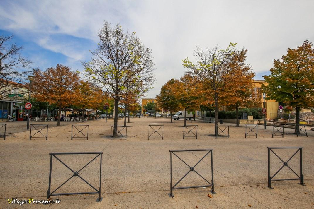 Place - Bouc-Bel-Air