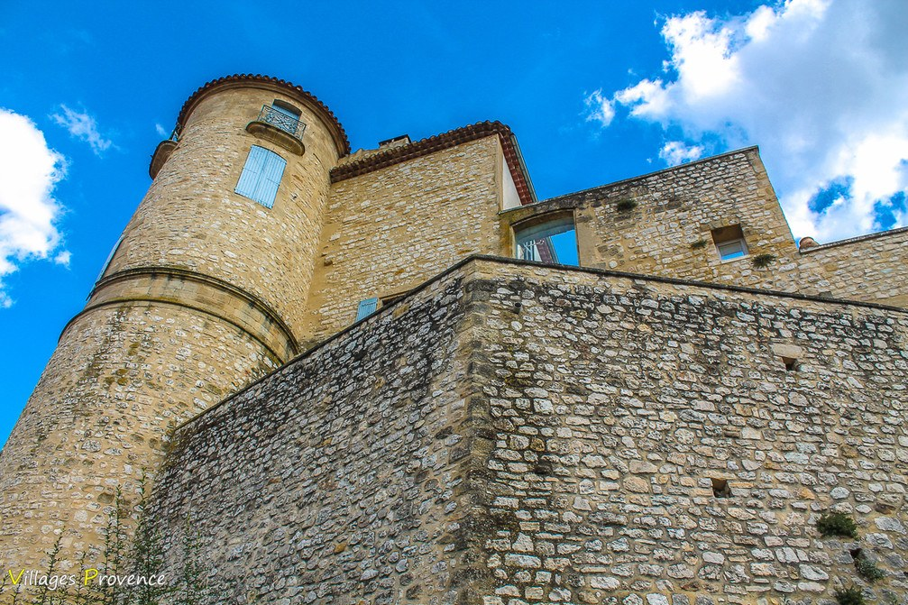 Château - Le Castellum - La Bastide-des-Jourdans