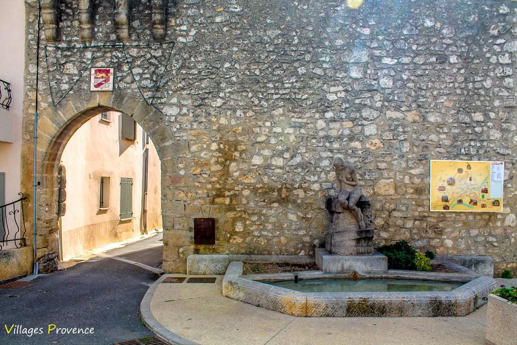 Château - La Bastide-des-Jourdans