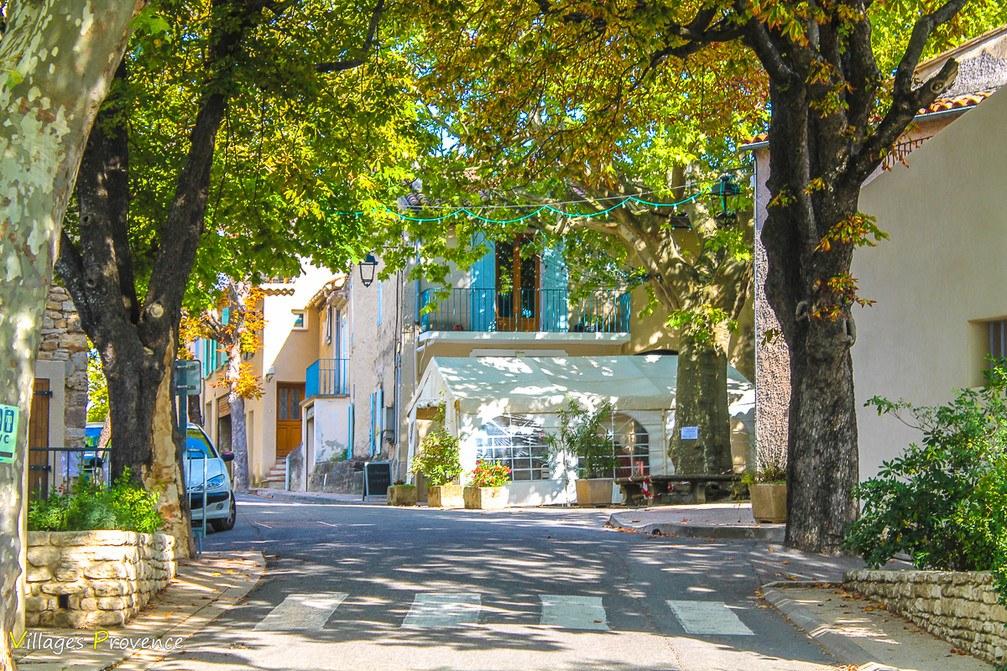 Rue - Peypin-d'Aigues